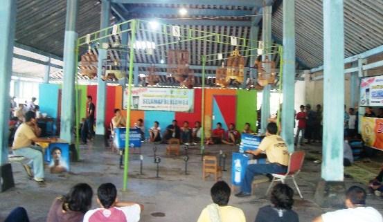 Kontes Burung Berkicau Papburi Solo Mei 2012