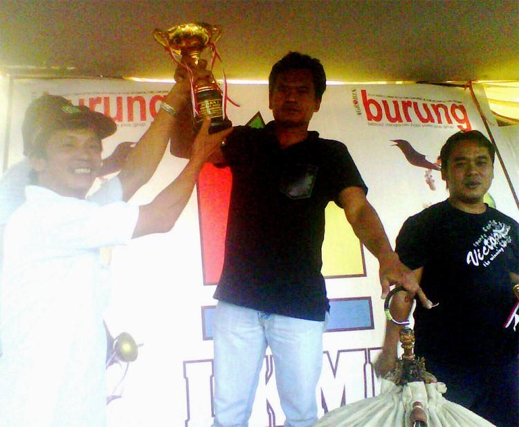 Penobatan Perwira sebagai Raja murai batu Sumatera