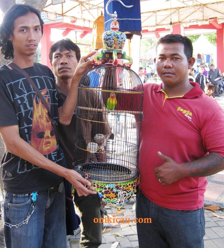 Juara Lovebird KMYK Pasca Lebaran