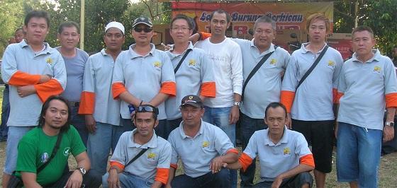 Beberapa member KMBB Indonesia