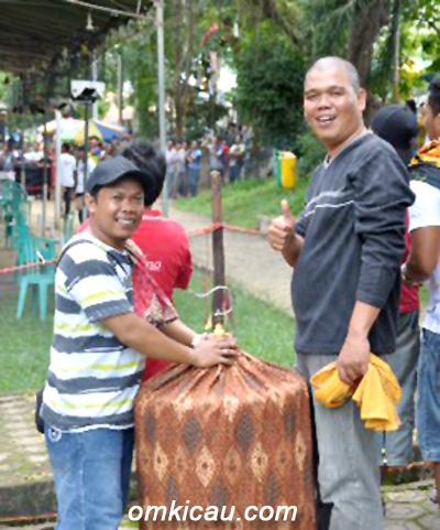 IVAN PALEMBANG: KETAGIHAN MAIN DI BANGKA
