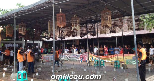 SUASANA LOMBA GEBYAR AWAL TAHUN DI PASAR BURUNG MAGELANG, MINGGU (6/1)