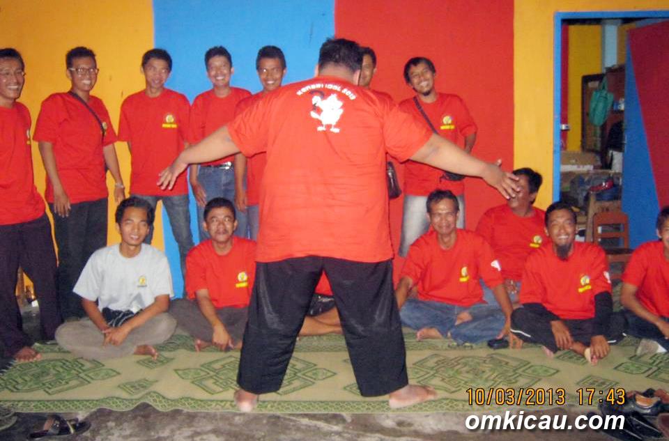 Guyonan panitia Papburi Solo setelah rangkaian lomba berakhir.