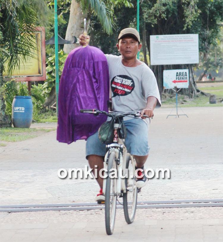 Bulus termasuk pelomba aktif di IKPBS Solo, yang selalu nggowes ke Balekambang.