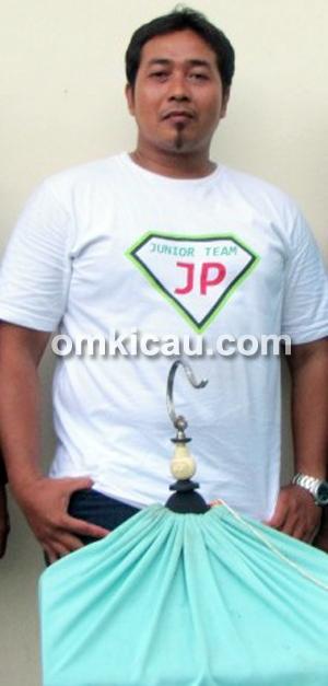 Jhonpur: Dolpino di jalur juara.