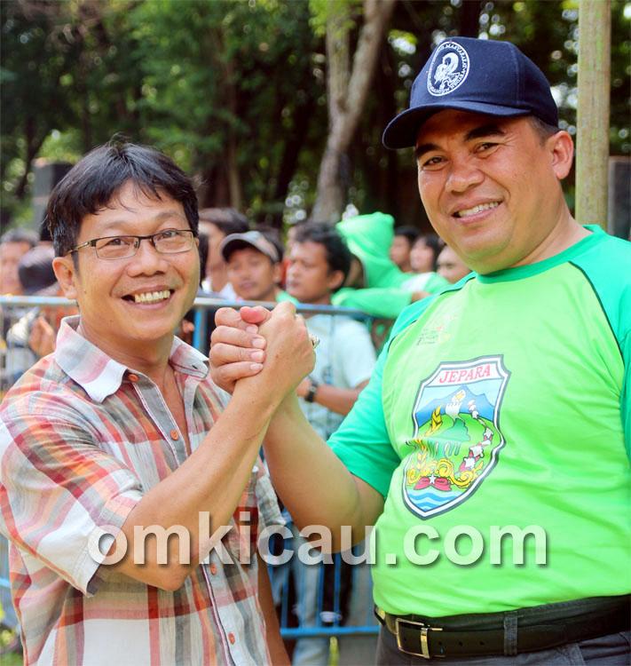 Herman Mandiri (kanan) bersama Bupati Jepara H Marzuki SE.