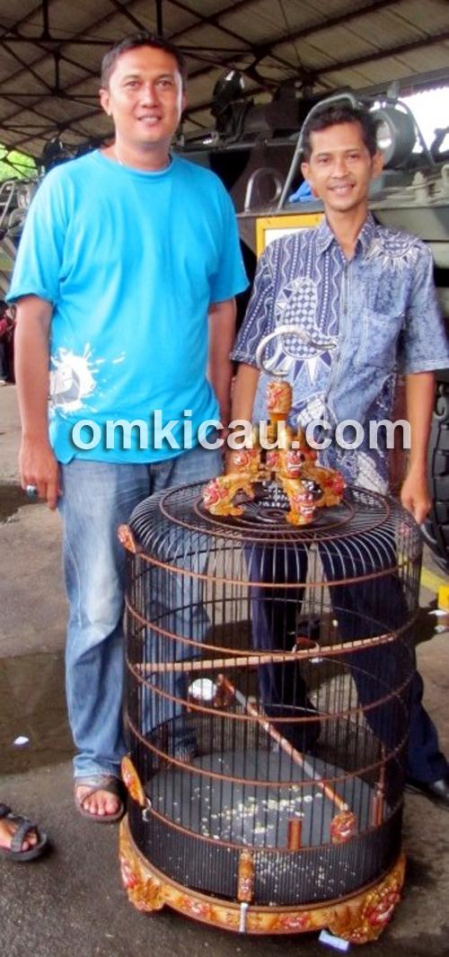 Cece bersama MB Anak Perkasa.