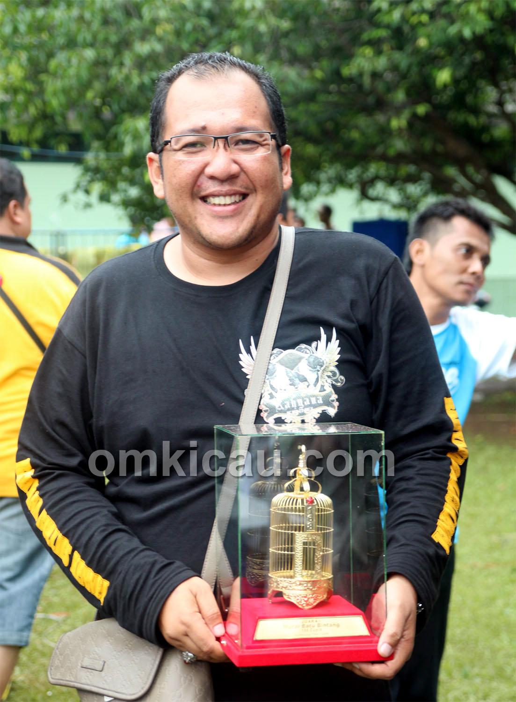 Mr Baik (Jalak Bali Team) kembali sukses bersama MB Hokky Boy,