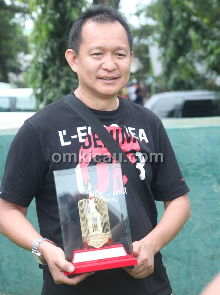 Mr Yayang, pemilik cucak jenggot  Ratu Jagad.