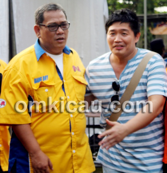 Ming Basket (kanan) bersama Bang Boy.