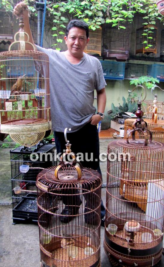 Hery Raja Burung Jakarta