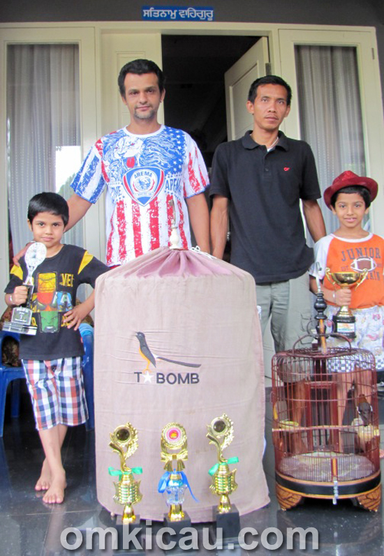 Vijay - T-Bomb Bird Farm
