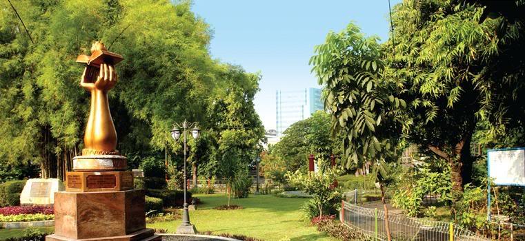 Taman kota sebaiknya difungsikan juga untuk habitat berbagai jenis burung