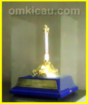 trofi plaza cup