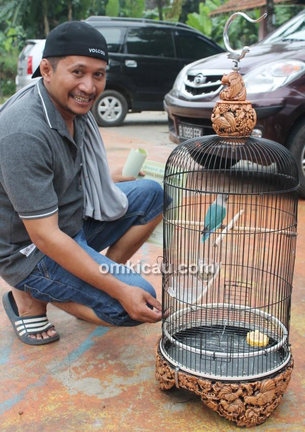 A'ad dan lovebird Balita