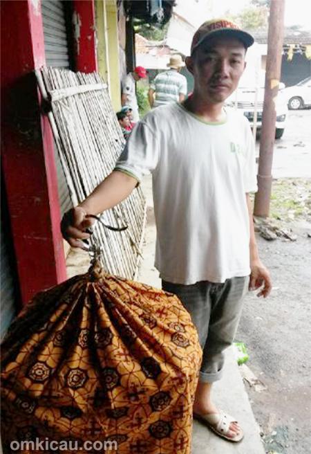 Om Rinto, perawat muai batu Kitaro
