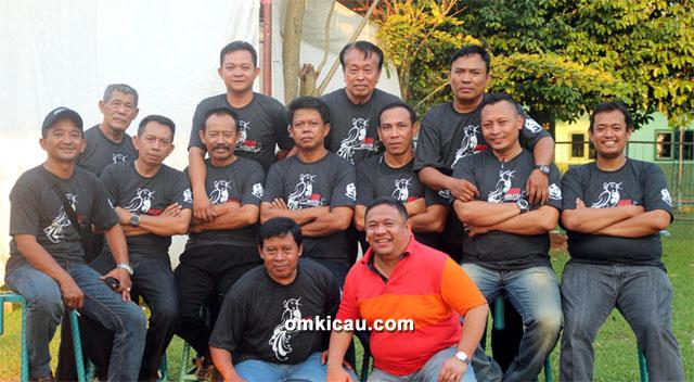 Yono Plaza dan juri lomba KMB Cup 2