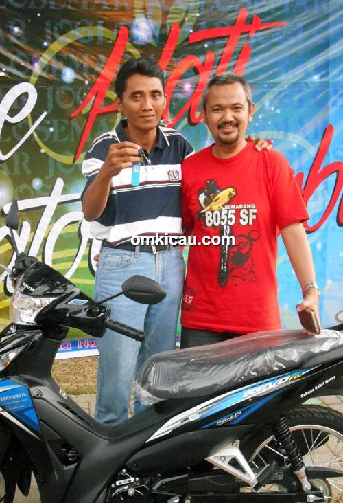 Om Wahyu 8055 SF Semarang