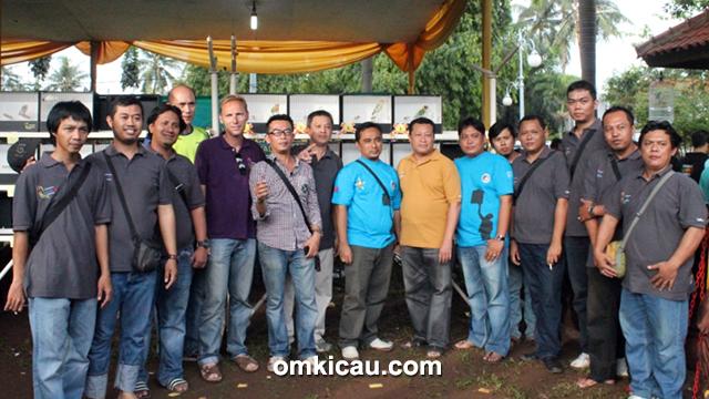 Panitia Road To Raja Fauna Cup dan pengurus KLI