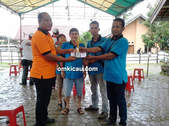 AS SF juara umum single fighter