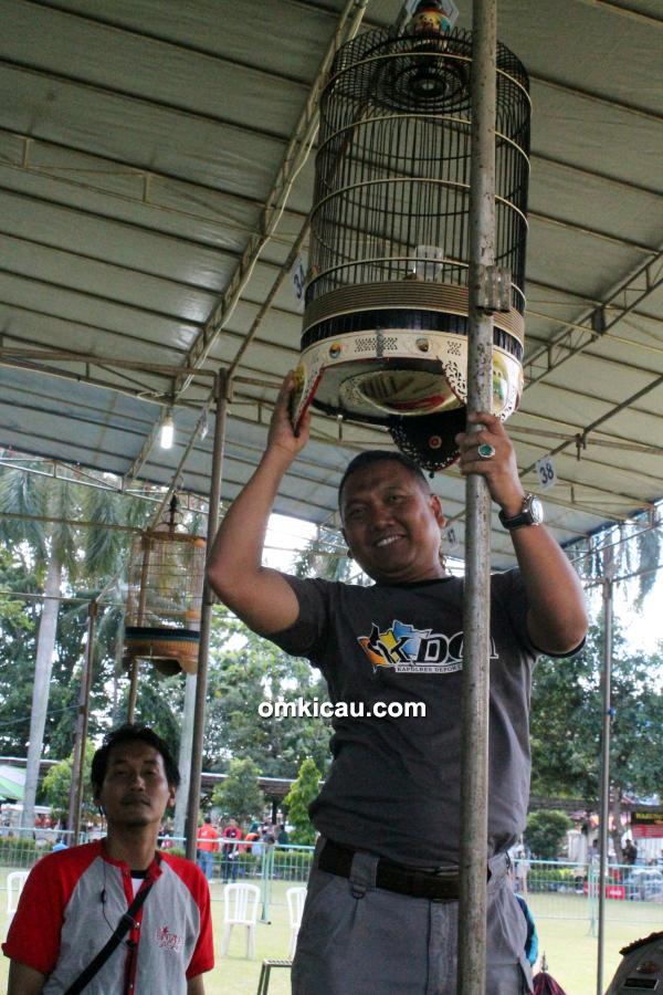 Lomba burung berkicau Kapolres Depok Cup
