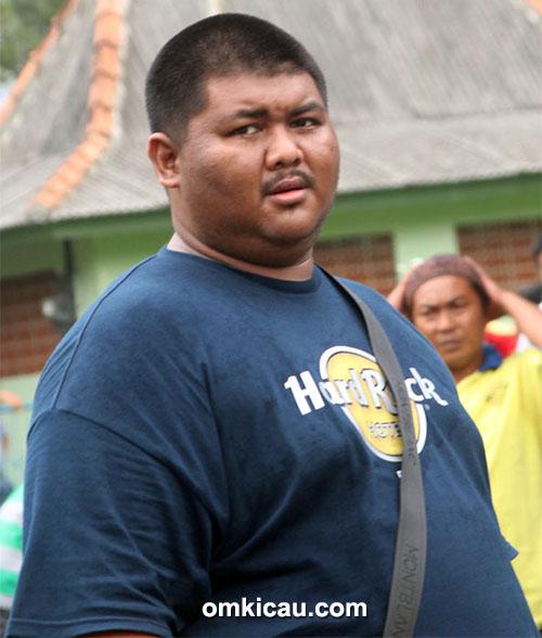Plaza Cup 3 Semarang - Uut Tani Jaya (Balikpapan) rajin mengikuti even nasional di Blok Tengah.