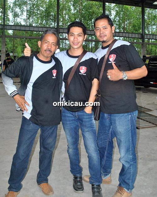 Trio Bara Team