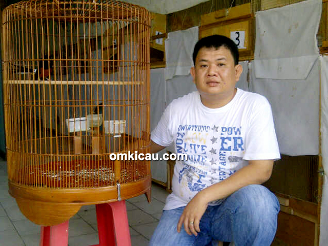 Om Johan Leuser Bird Shop