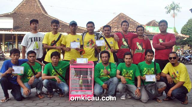 Rombongan Nareswari Team