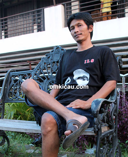 Om Itok Solo