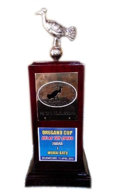 Trofi eksklusif Oregano Cup