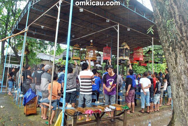 Latpres Triwulan Perwira Team