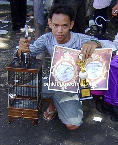 Om Andri bersama pleci Wiro Sableng