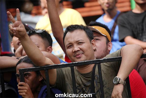 Om Rony Tobing, ketua BnR Bengkulu,