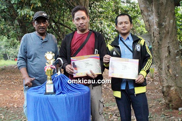 Om Huda bersama MB Bilqis dan Suroboyo