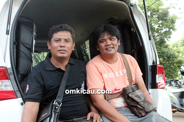 Om Achonk Kholid (kiri) dan Om Robbie Doda