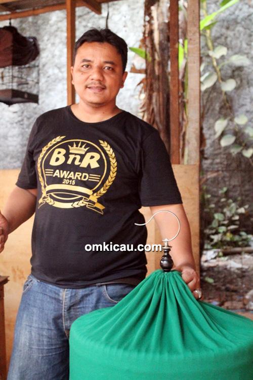 Om Reza, pemilik murai batu Komando