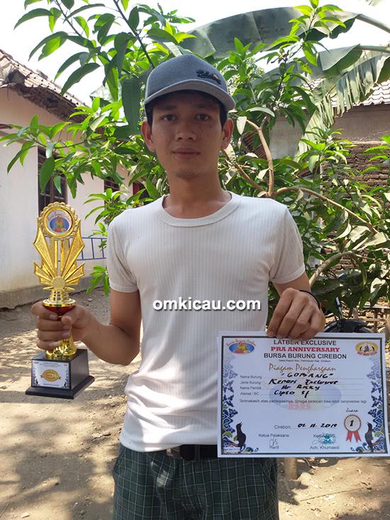 Juara 1 kenari di Kelas Exclusive