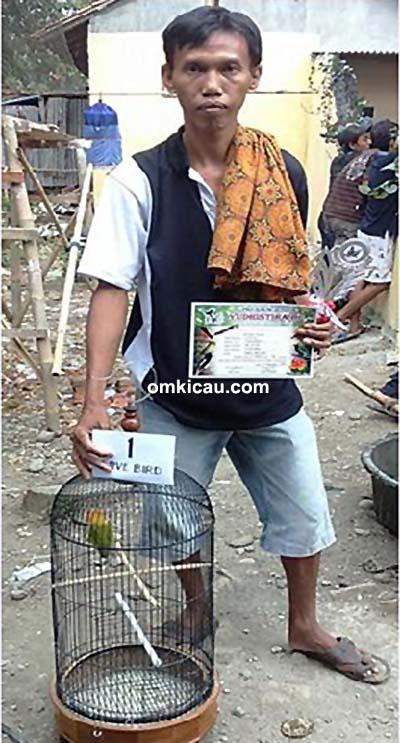 Om Sayidi dan lovebird Sintia