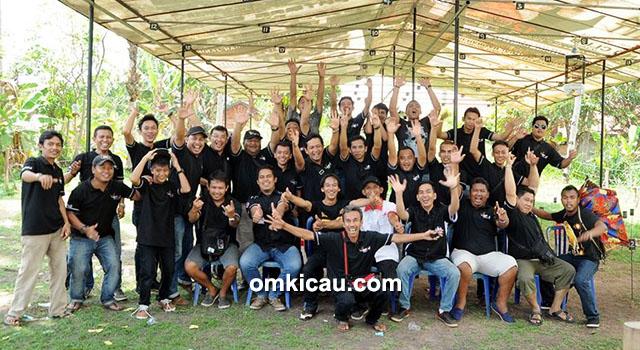 Panitia KPKJ Team bersama juri-juri BnR