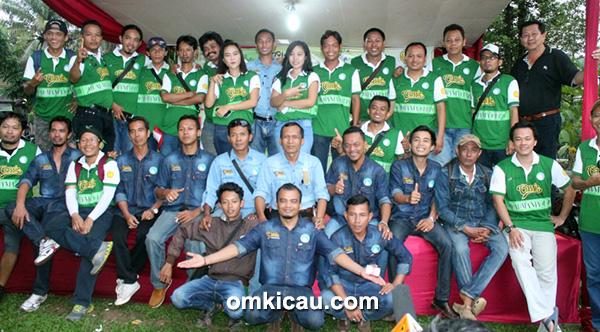 panitia dan juri KM Cup IX