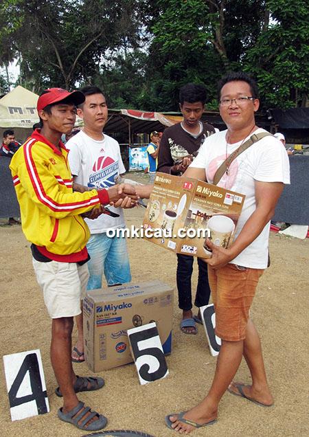 juara 4 merpati tinggian Shi Shuak Cup