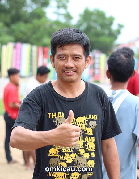Om Aling, ketua harian HNC