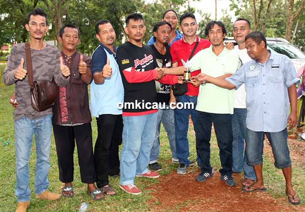 Duri SF juara umum single fighter