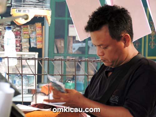 Om Anung KB, ketua pelaksana lomba