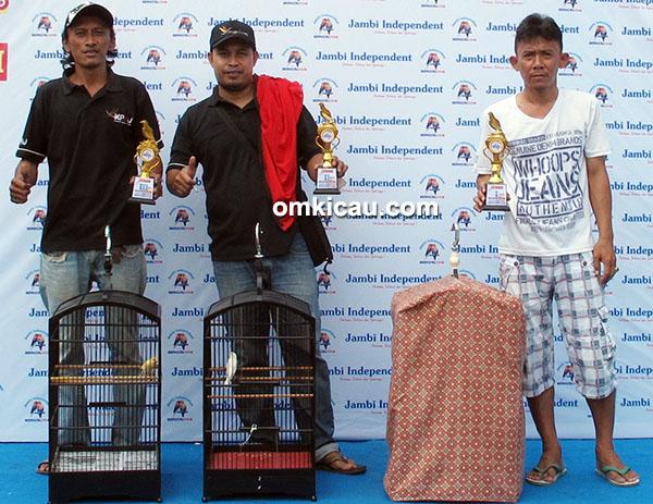 Jambi Independent Berkicau - juara kenari