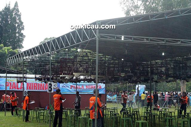 Lomba burung berkicau Piala Nirina di Cibubur