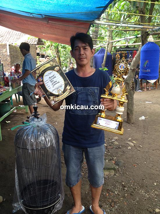 BBC Cirebon-juara lovebird