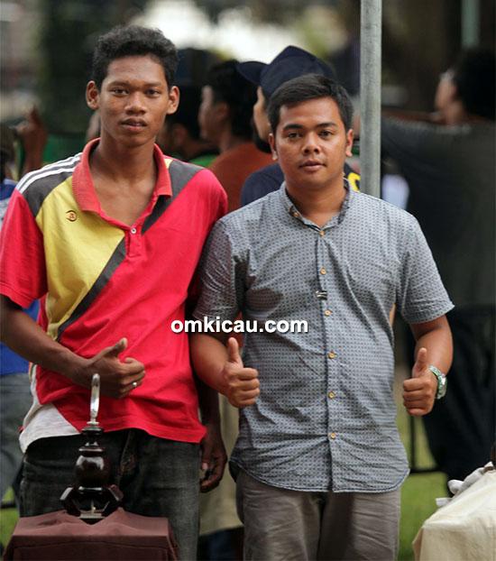 Om Zimon DP (kanan), pemilik kenari kalitan Ontoseno