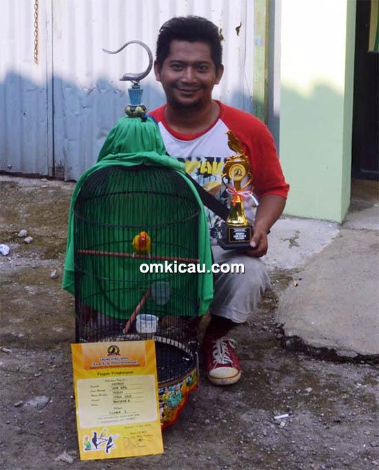 Om Rahmad dan lovebird Payem